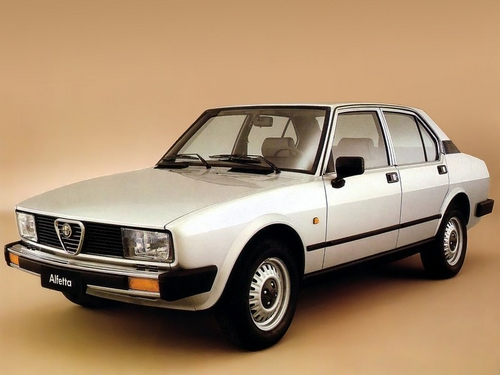 Alfa Romeo Alfetta Sedan Od 1981 do 1983