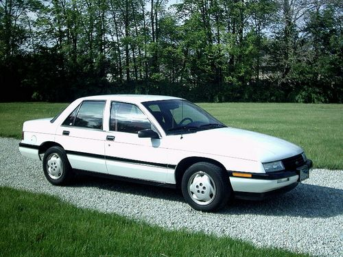 Chevrolet Corsica  Sedan Od 1987 do 1997