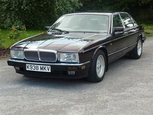 Daimler Double Six Sedan Od 1993 do 1994