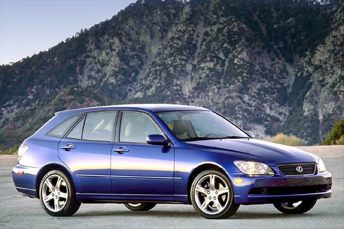 Lexus IS Sport Cross Od 2001 do 2005