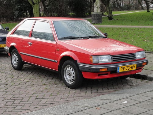 Mazda 323 Hatchback Od 1985 do 1989