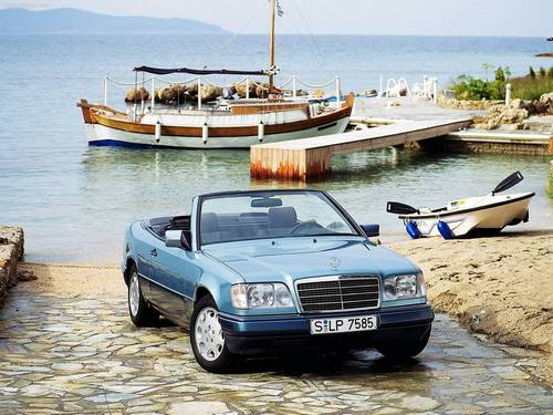 Mercedes-Benz CE-Class Kabriolet Od 1992 do 1997