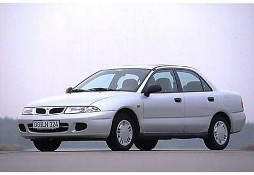 Mitsubishi Carisma Sedan Od 1996 do 1999