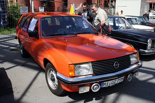 Opel Commodore Voyage Uniwersal Od 1979 do 1982