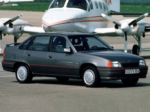 Opel Kadett  Sedan Od 1989 do 1991