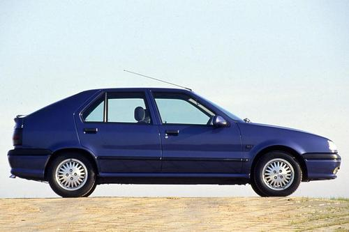 Renault 19 Hatchback Od 1989 do 1996