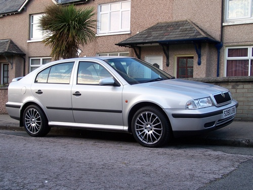 Skoda Octavia Hatchback Od 1998 do 2005